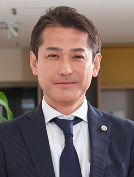 岡田 卓巳の写真